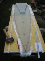 Black Pearl 11_Das fertig laminierte Deck vor dem Ausformen